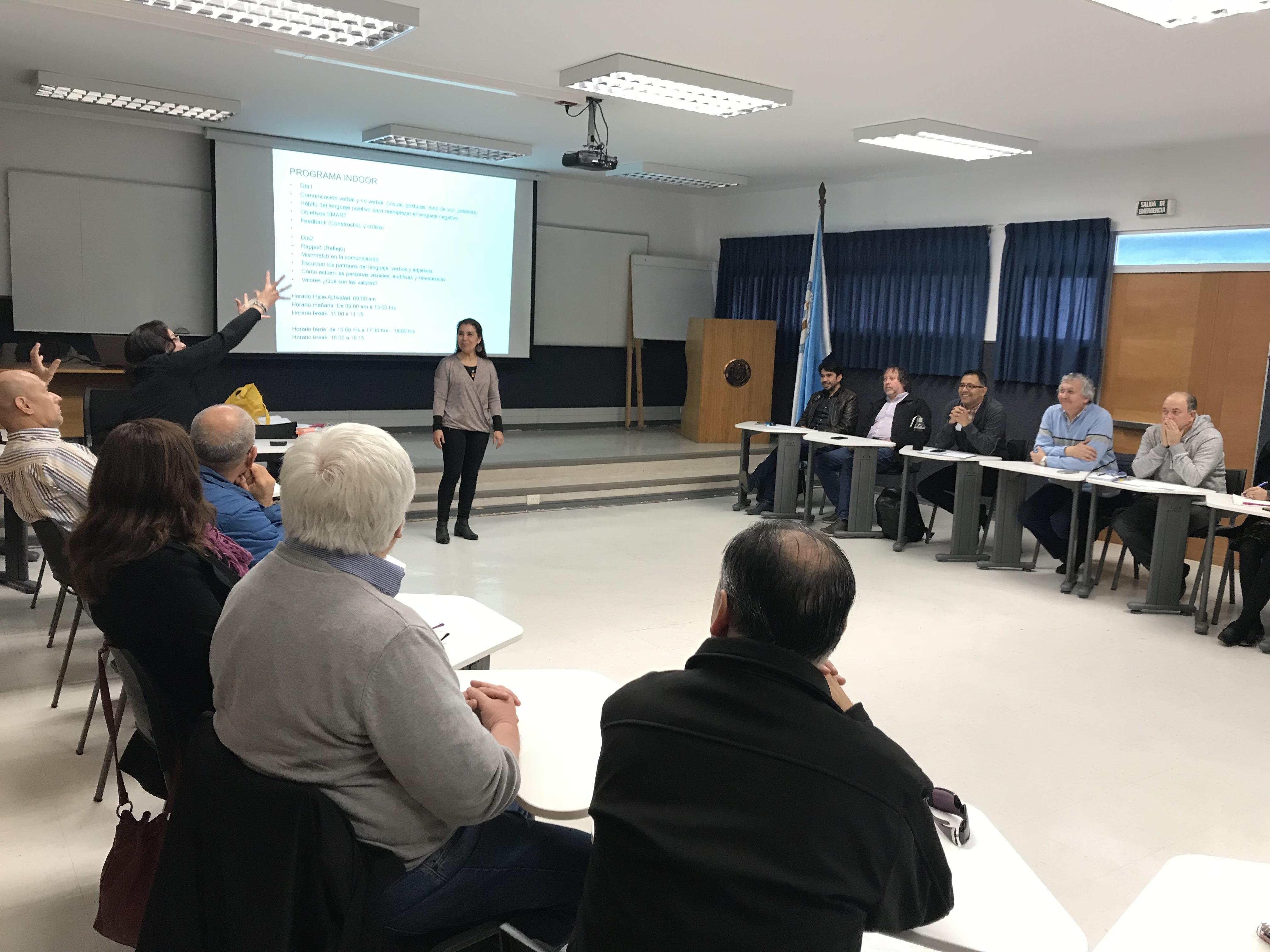 Académicos y directivos del Consorcio Heuma participaron en taller de coaching