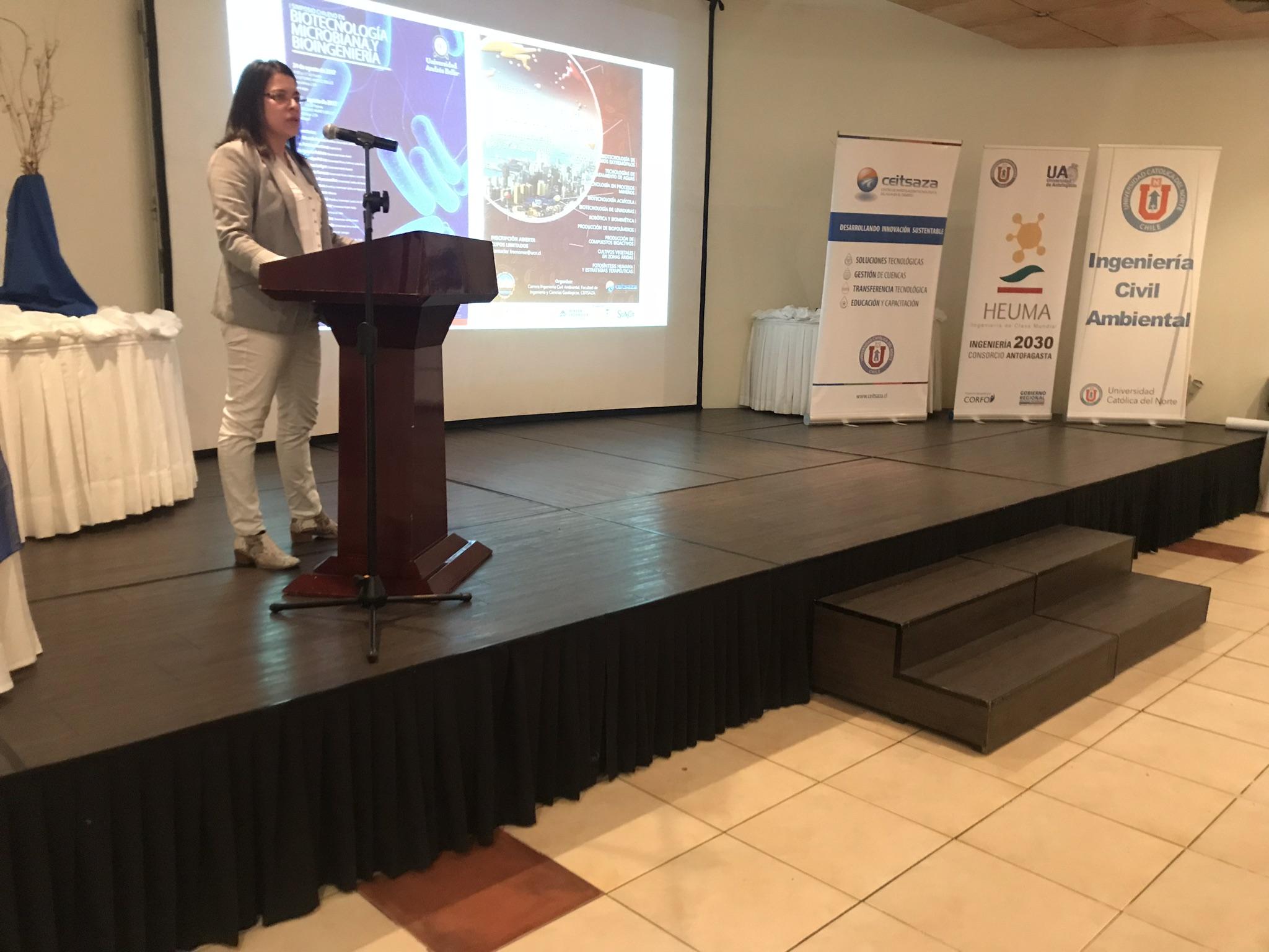 Antofagasta congregó a expertos en biotecnología microbiana y bioingeniería de todo Chile